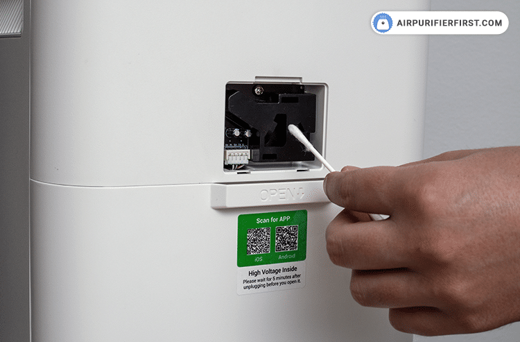 Airdog X3 - Cleaning the AQI sensor - Step 2