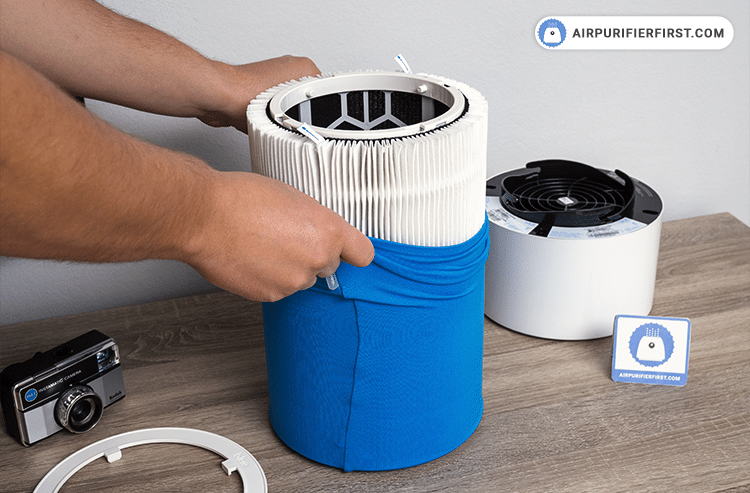 Changing Blue Pure 411 Filter - Place a new filter in