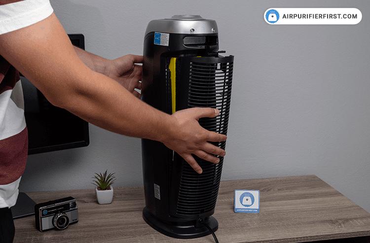GermGuardian AC4825 Replacing-Filter - Step 4